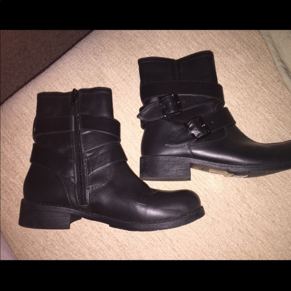 Bata Strappy Boots Ankle Booties 36 New